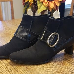Brighton Trevor Black Leather & Stretch Boot sz 8